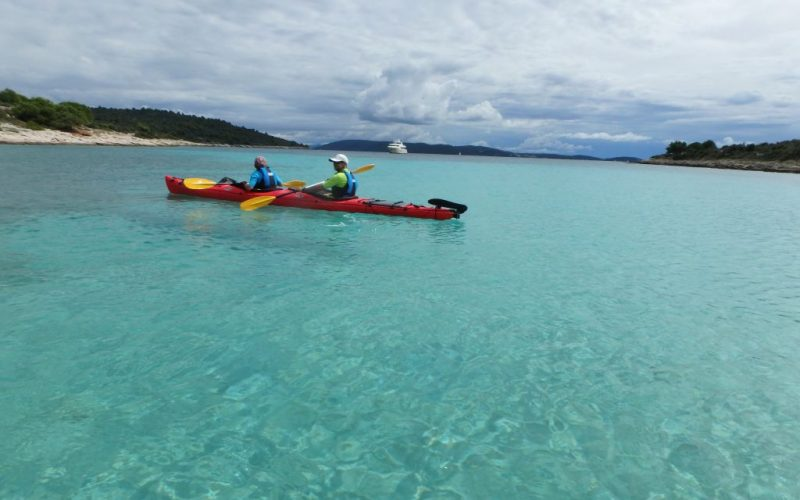 Blue lagoon - Island hopping sea kayak tour Croatia - Red Adventures