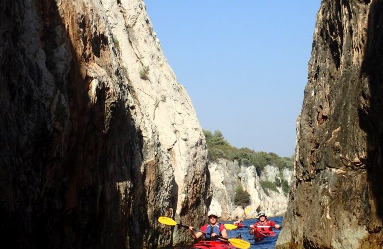 Southern Cliffs Tour - Split sea kayaking - Red Adventures Croatia