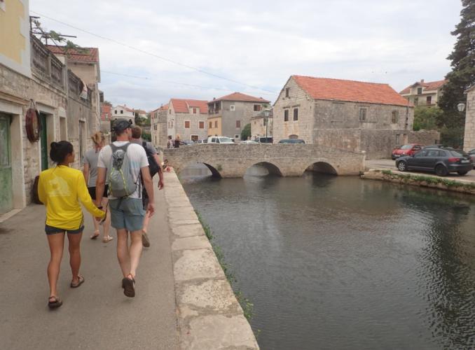 Walking tour on Balkan with wine tasting