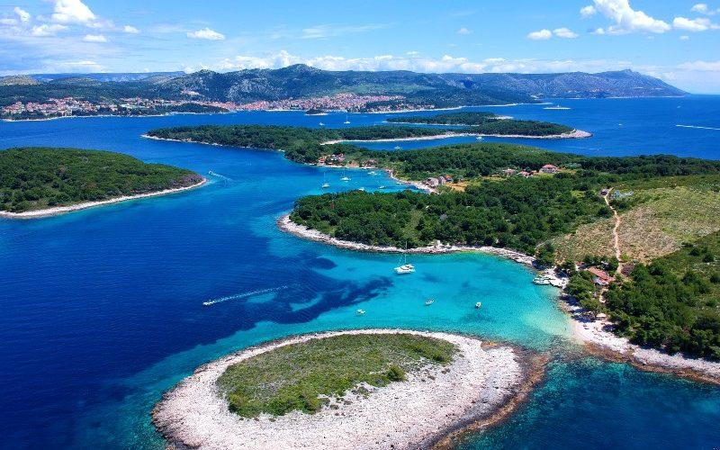 Stunning pakleni islands in front of Hvar town