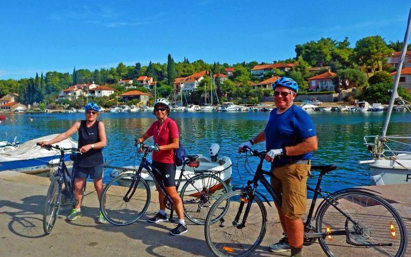 Exploring the bay of Stari grad